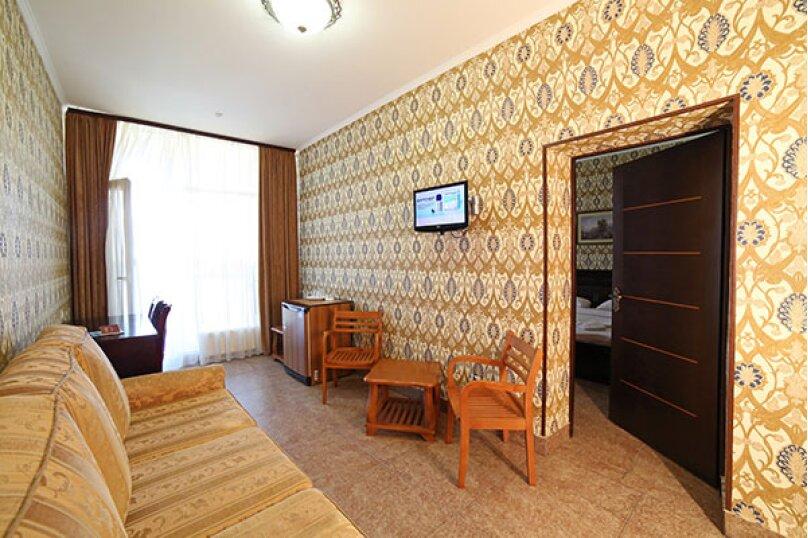 Номер Люкс 3х-местный, Морская улица, 10, Мирный, Крым - Фотография 4