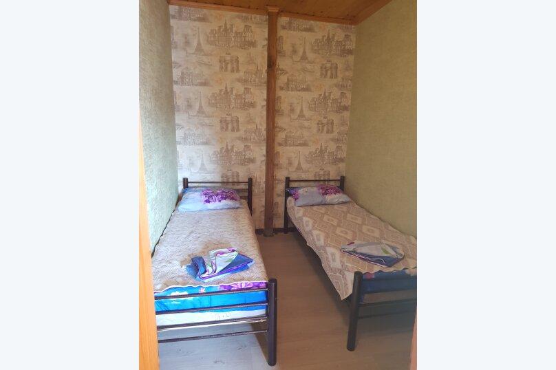 Гостиница 818387, Черноморская улица, 4Б на 18 комнат - Фотография 20