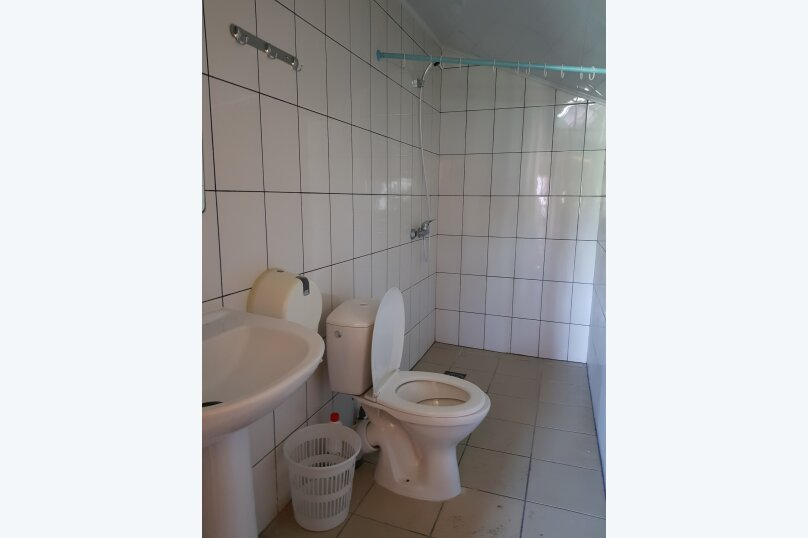 Гостиница 818387, Черноморская улица, 4Б на 18 комнат - Фотография 21