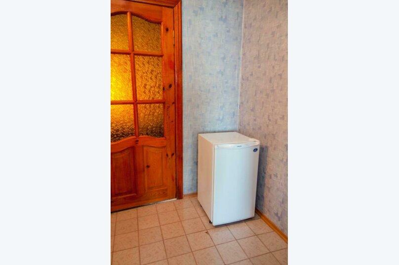 """Гостевой дом """"Прибой"""", Парниковая, 2 на 7 комнат - Фотография 31"""