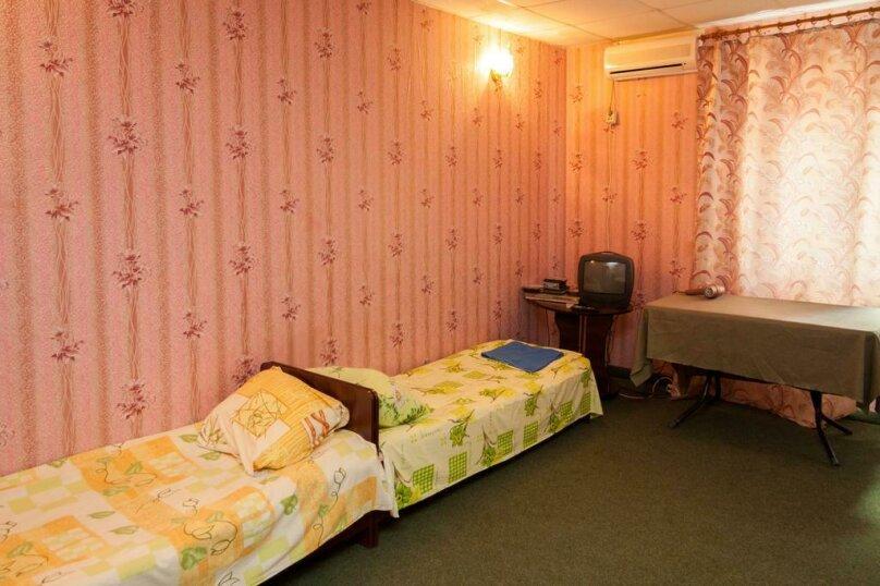 1-комнатный на 3 человека, Парниковая, 2, село Приветное - Фотография 1