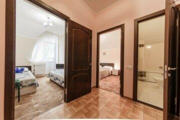 Семейные:  Номер, 5-местный (4 основных + 1 доп), 2-комнатный, Гостиница, улица Гоголя на 21 номер - Фотография 4