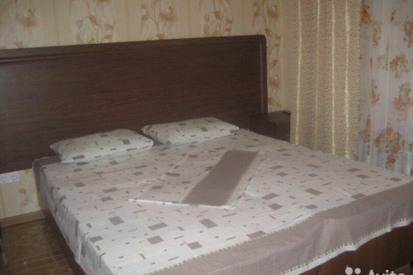 Первый этаж под ключ двухэтажного дома, 155 кв.м. на 9 человек, 3 спальни, Черноморская улица, 34, Витязево - Фотография 16