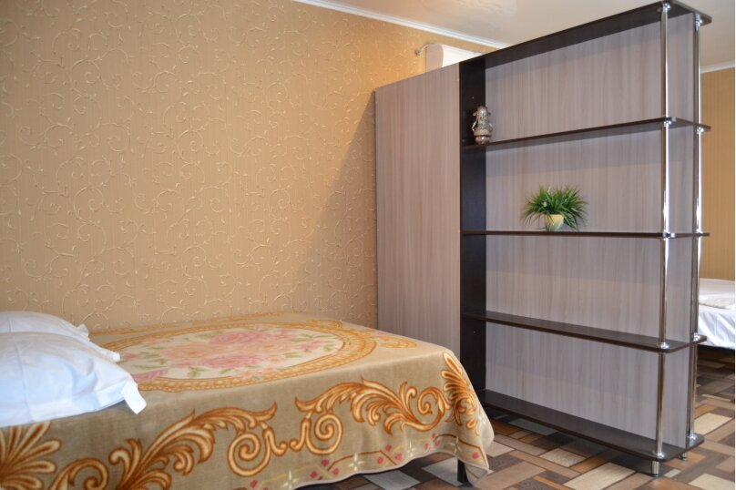 Дом напротив аквапарка, 45 кв.м. на 4 человека, 1 спальня, улица Шмидта, 45, Ейск - Фотография 5