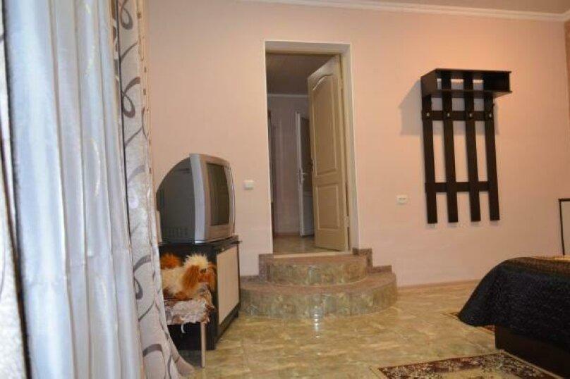 """Гостевой дом """"Николь"""", улица Спендиарова, 18 на 8 комнат - Фотография 181"""