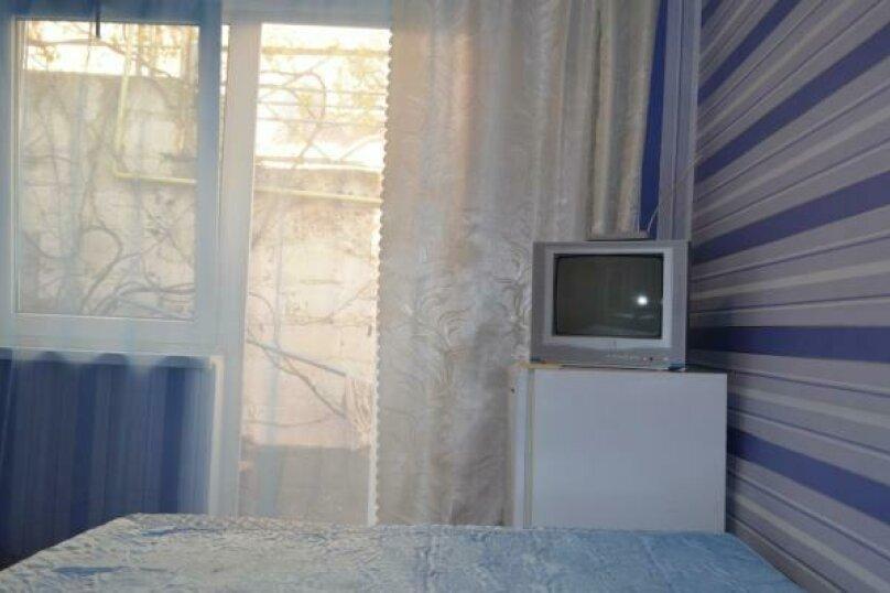 Ддвухместный номер  (седьмой), улица Спендиарова, 18, Судак - Фотография 1