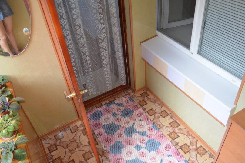 2-х этажный коттедж с двориком, 90 кв.м. на 6 человек, 3 спальни, Речная, 20, Феодосия - Фотография 3