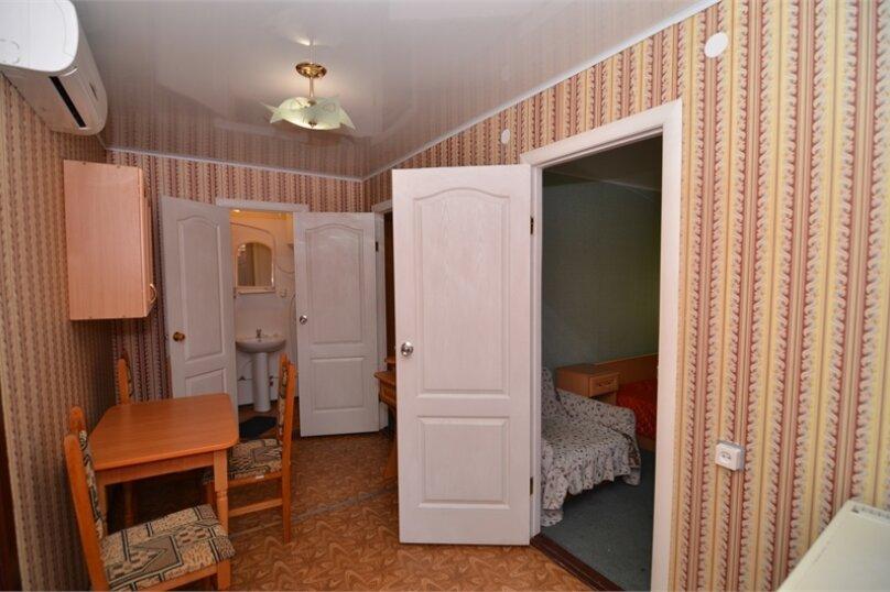 """Гостиница """"Таврида"""", Майская улица, 58 на 2 комнаты - Фотография 8"""