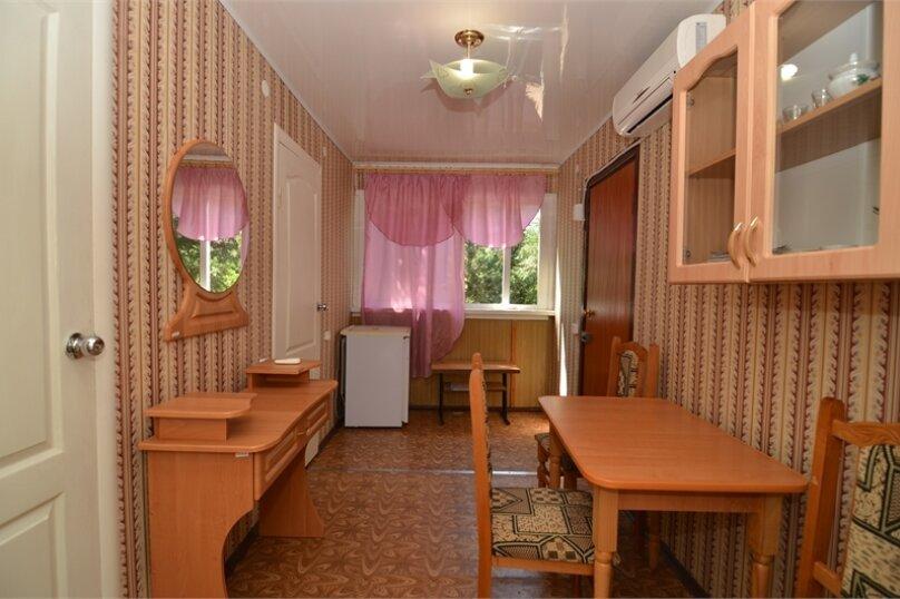 """Гостиница """"Таврида"""", Майская улица, 58 на 2 комнаты - Фотография 10"""