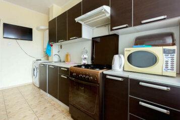 1-комн. квартира, 42 кв.м. на 2 человека, Озерная улица, 7к4, Московский район, Тверь - Фотография 2