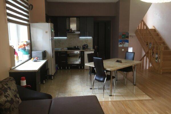 Дом, 200 кв.м. на 15 человек, 3 спальни, Парковый переулок, 18, Самара - Фотография 1