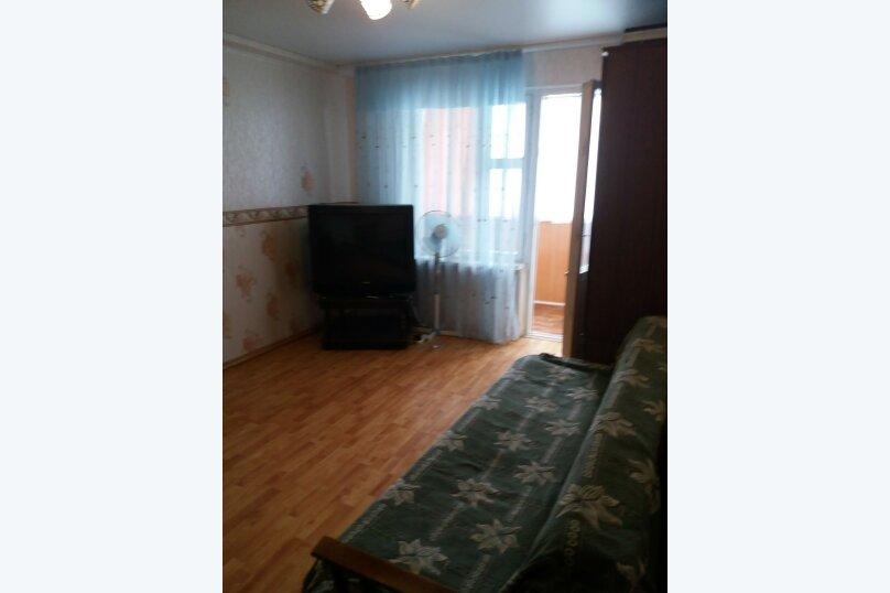 1-комн. квартира, 45 кв.м. на 6 человек, улица Микрорайон №3, 4, Ольгинка - Фотография 11