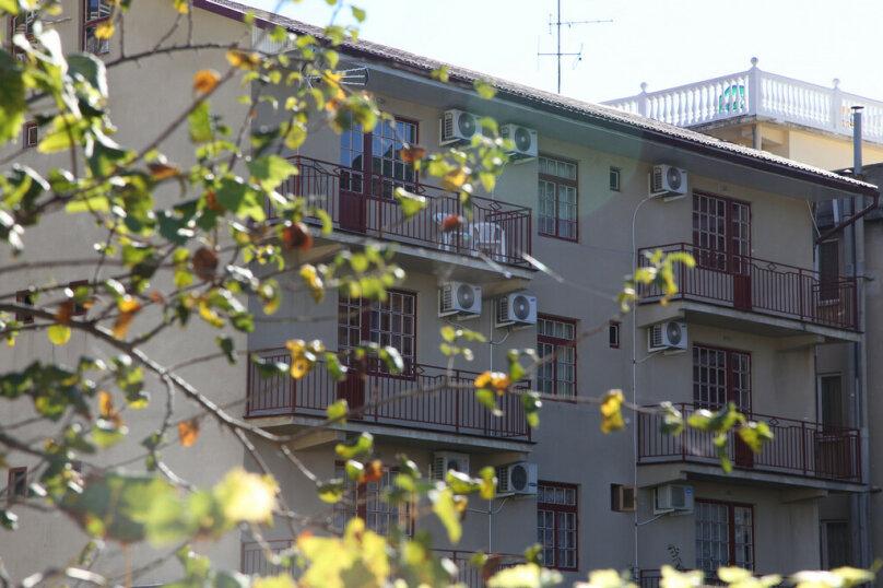"""Гостевой дом """"Лидия"""", улица Просвещения, 162 б на 24 комнаты - Фотография 5"""