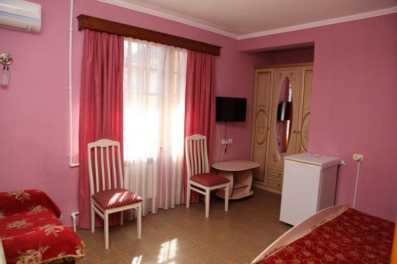"""Гостевой дом """"Лидия"""", улица Просвещения, 162 б на 24 комнаты - Фотография 8"""