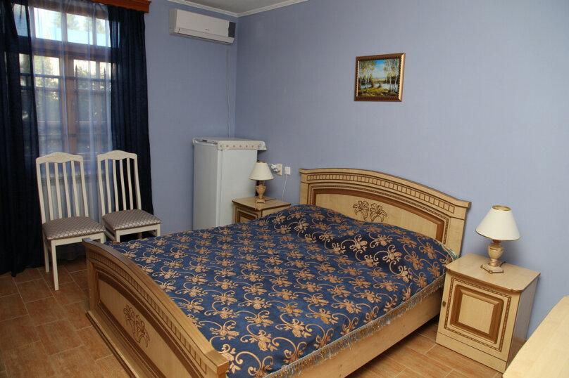 """Гостевой дом """"Лидия"""", улица Просвещения, 162 б на 24 комнаты - Фотография 12"""