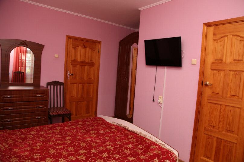 """Гостевой дом """"Лидия"""", улица Просвещения, 162 б на 24 комнаты - Фотография 60"""