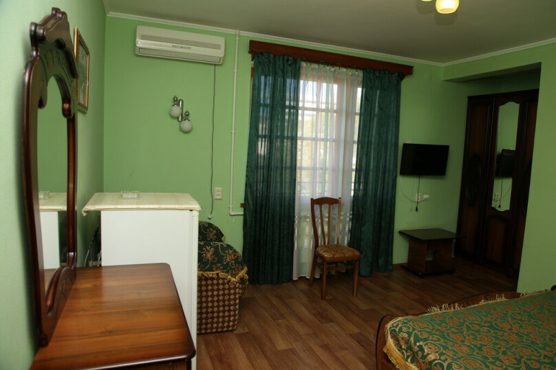 """Гостевой дом """"Лидия"""", улица Просвещения, 162 б на 24 комнаты - Фотография 37"""