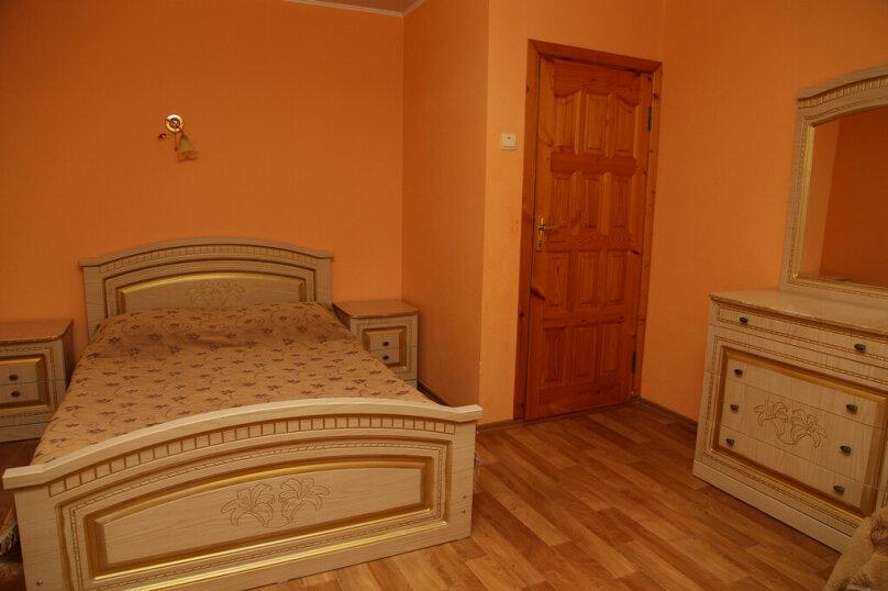 """Гостевой дом """"Лидия"""", улица Просвещения, 162 б на 24 комнаты - Фотография 40"""