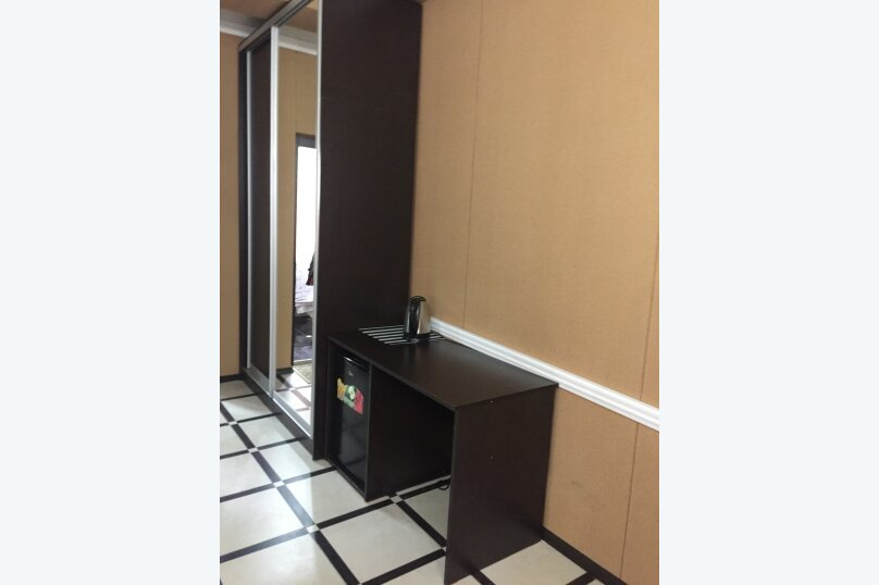 Мини-отель Амир, улица Абазгаа, 65/2 на 4 номера - Фотография 2