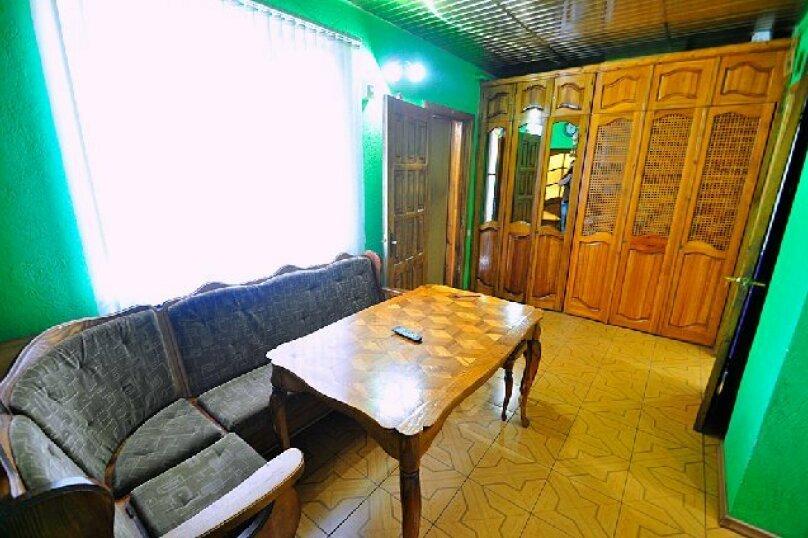 1-комн. квартира, 65 кв.м. на 3 человека, улица Дмитриева, 16, Ялта - Фотография 12