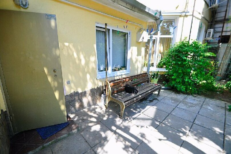 1-комн. квартира, 65 кв.м. на 3 человека, улица Дмитриева, 16, Ялта - Фотография 21