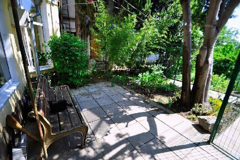 1-комн. квартира, 65 кв.м. на 3 человека, улица Дмитриева, 16, Ялта - Фотография 22