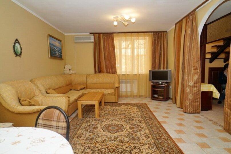 Дом, 140 кв.м. на 12 человек, 4 спальни, Морская улица, 25, Ольгинка - Фотография 2