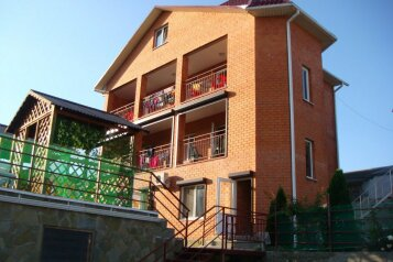 Гостевой дом , Школьная улица, 59а на 16 номеров - Фотография 2