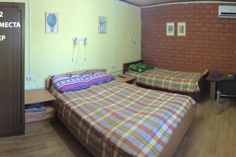 Гостевой дом в Ясенской переправе, Нахимова, 2 на 2 комнаты - Фотография 3