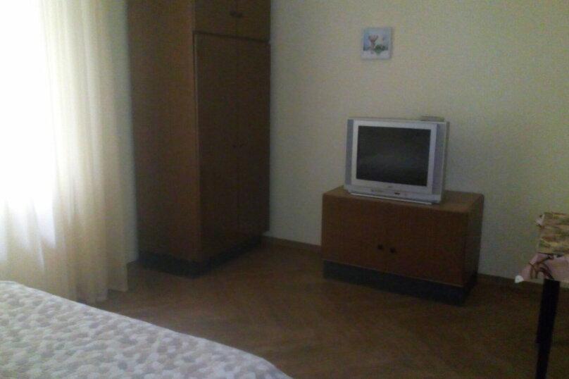 Гостиница 824454, Переулок Калинина, 2 на 3 комнаты - Фотография 2