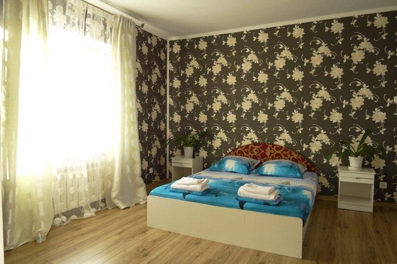 """Частный сектор """"Marina Garden"""", улица Океанологов, 18 на 4 комнаты - Фотография 2"""