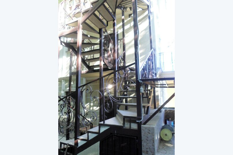"""Гостевой дом """"Сосновый бор"""", Парковый спуск, 9 на 8 комнат - Фотография 6"""