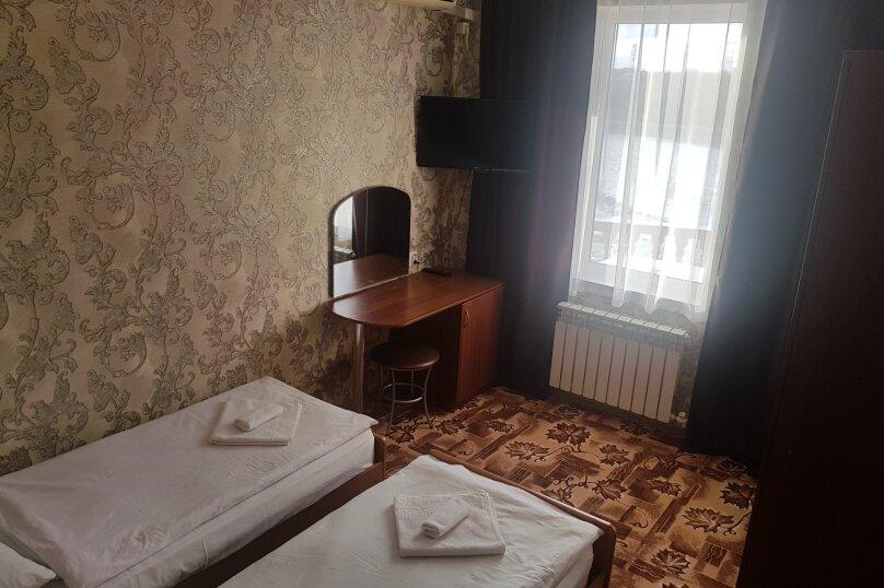 "Гостиница ""Пурпурный Замок"", Набережная улица, 19 на 40 комнат - Фотография 20"