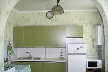 Дом, 120 кв.м. на 9 человек, 4 спальни, Тихая, 178, Заозерное - Фотография 1
