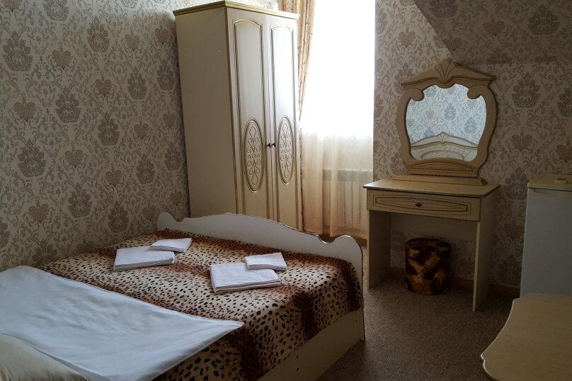 "Гостиница ""Пурпурный Замок"", Набережная улица, 19 на 40 комнат - Фотография 29"