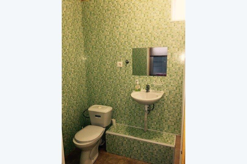 """Гостевой дом """"На Свердлова 38"""", улица Свердлова, 38 на 6 комнат - Фотография 24"""