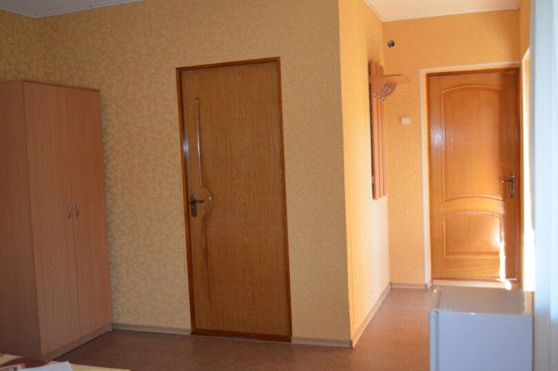"""Гостевой дом """"Уютный дворик"""", Береговая, 4 на 4 комнаты - Фотография 61"""