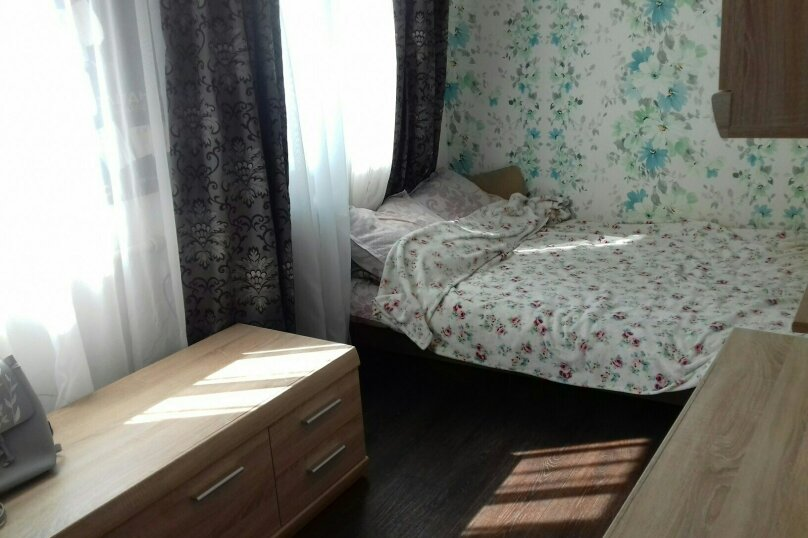 """2-х комнатный дом """"На Трудовой 60а"""" на 3-6 человек, 48 кв.м. на 6 человек, 2 спальни, Трудовая улица, 60А, Евпатория - Фотография 1"""