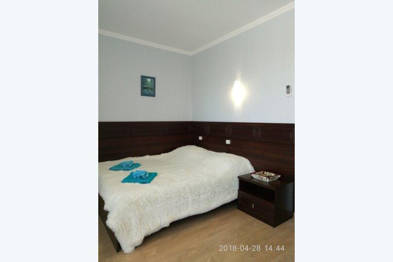 комната  с балконом для размещения 2-х человек, Калинина, 14а, Коктебель - Фотография 19