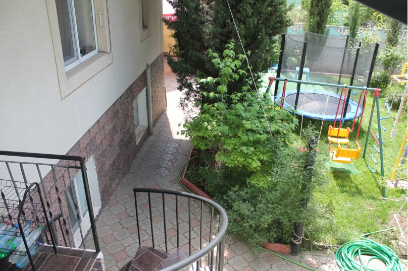 """Гостевой дом """"Сказочный"""", Уютная, 21 на 10 комнат - Фотография 14"""