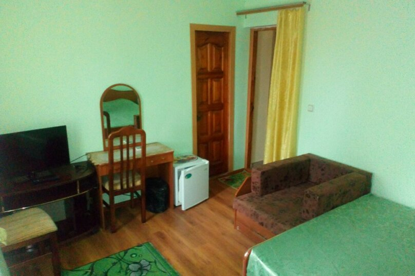 Гостевой дом Чайная роза 824077, улица Просвещения, 107А на 7 комнат - Фотография 25