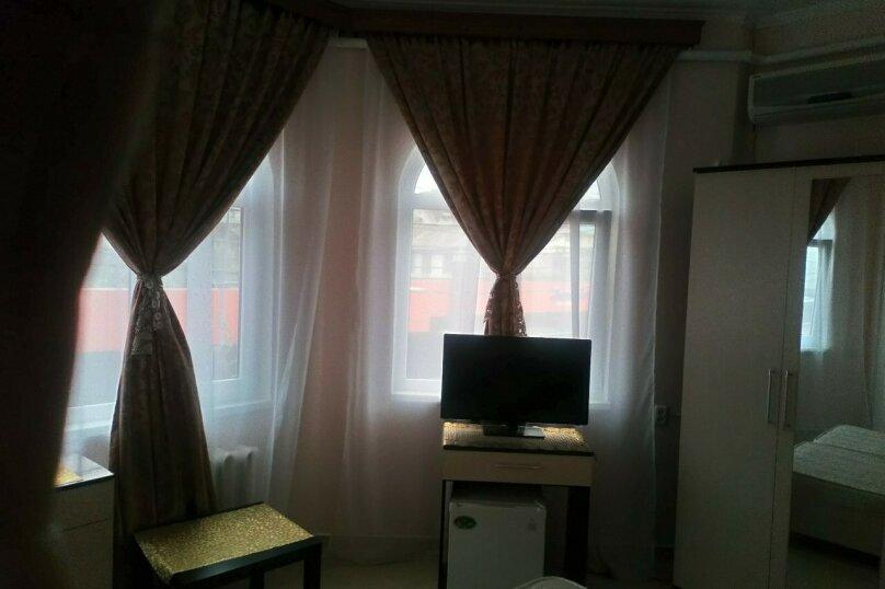 Гостевой дом Чайная роза 824077, улица Просвещения, 107А на 7 комнат - Фотография 18