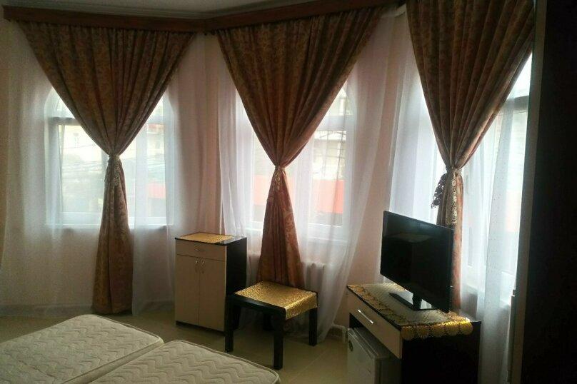 Гостевой дом Чайная роза 824077, улица Просвещения, 107А на 7 комнат - Фотография 19