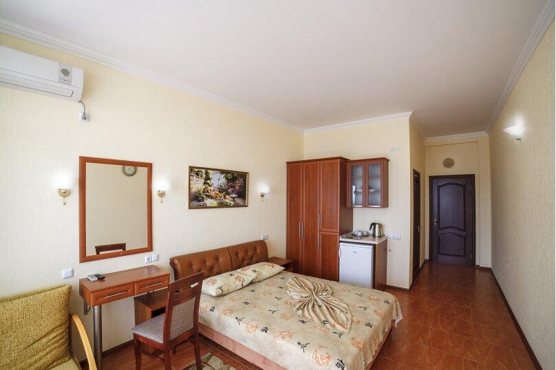 1 комнатный номер с видом на море, Октябрьская улица, 14, Алушта - Фотография 1