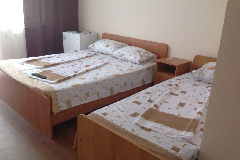 Гостиница Милена, улица Толстого, 8 на 10 комнат - Фотография 14