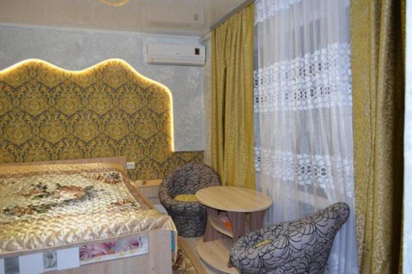 """Гостевой дом """"Николь"""", улица Спендиарова, 18 на 8 комнат - Фотография 1"""