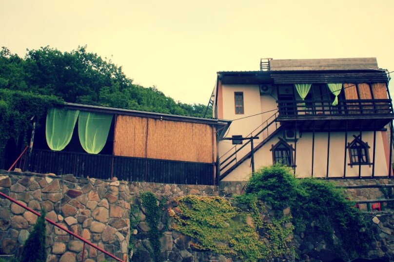 """Гостевой дом """"Альпийский ХуторокЪ"""", Альпийская улица, 12 на 6 комнат - Фотография 1"""