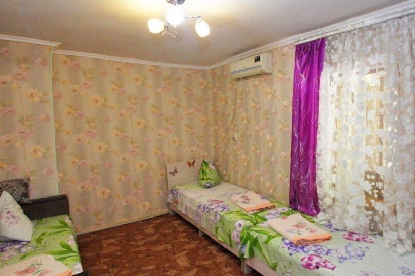 Отдельная комната, улица Победы, 68, Лазаревское - Фотография 1