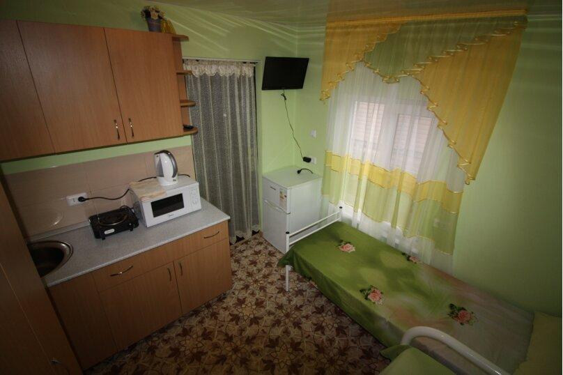 Двухместный эконом на втором этаже., улица Шевченко, 7, Ейск - Фотография 5
