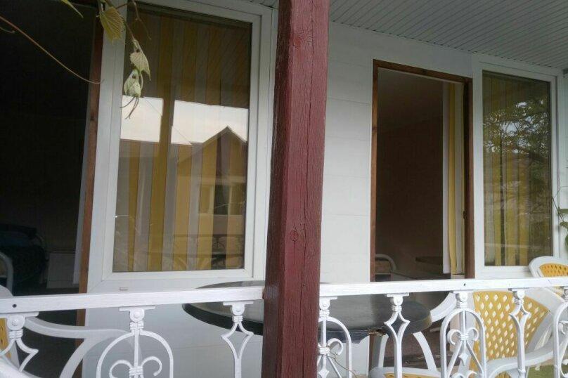 """Гостевой дом """"На Розы Люксембург 61"""", улица Розы Люксембург, 61 на 9 комнат - Фотография 2"""